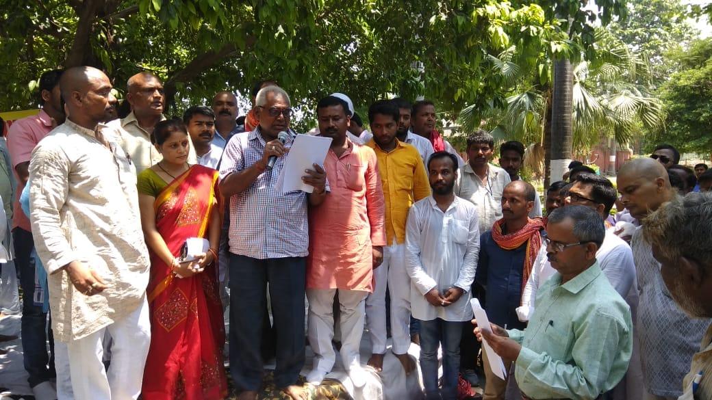 sainthwar mall sabha 8
